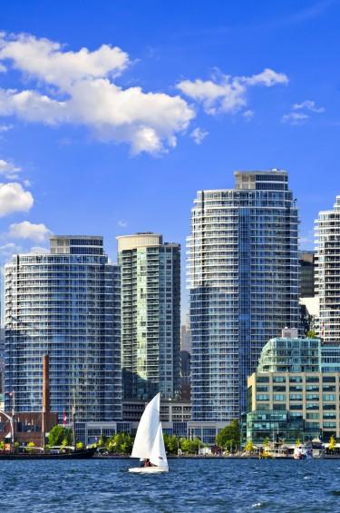 Condos-in-Toronto-e1408046318681